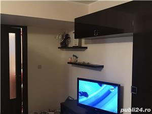 Apartment icfrim renovat complet, se vinde mobilat, sunati va rog la nr 00393477192012 multumesc  - imagine 5