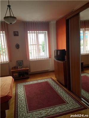 PF dau in chirie apartament o camera living- bucatarie baie camara  zona Garii . - imagine 2