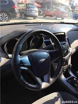 Chevrolet Cruze LS - imagine 7