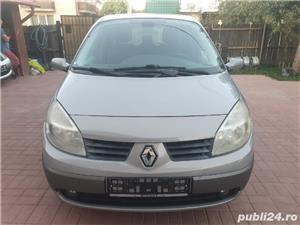 Renault Scenic - imagine 3