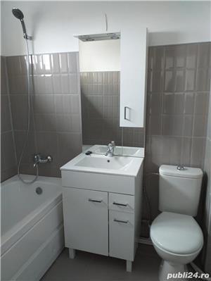 Abator- de vanzare 2 camere semidecomandate, sup.55mp, renovat, centrala gaze - imagine 1