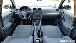 Volkswagen Golf 5 - 1.9 TDI - imagine 3