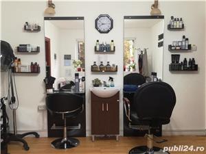 Inchiriem posturi in salon pentru: Coafor/frizerie,manichiura /pedichiura si cosmetica - imagine 2