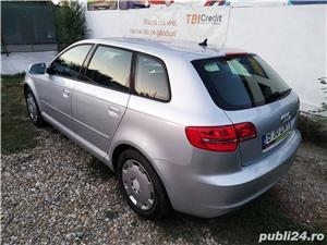 Audi A3 2011 hatchback 4usi 1.6tdi 105cp euro5 clima xenon parc auto  - imagine 4