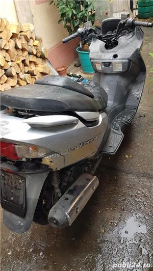 Dezmembrez scuter Suzuki Burgman italia - imagine 6