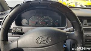 Hyundai Trajet - imagine 1