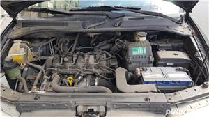 Hyundai Trajet - imagine 3