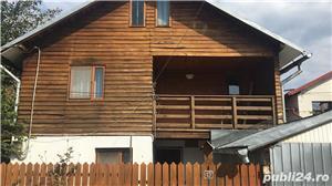 Vand casa in Moreni sau schimb cu apartament+ diferenta - imagine 1