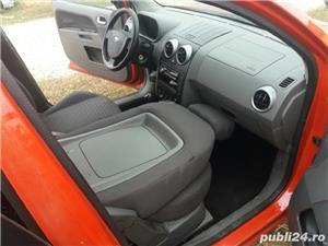 Ford Fusion - imagine 5
