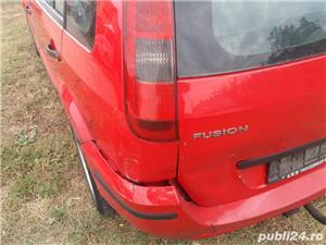 Ford Fusion - imagine 9