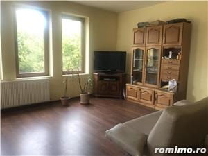 inchiriez vila cu 6 camere Aradului 1200 euro - imagine 2