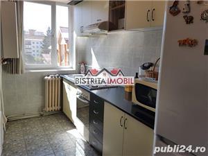 Apartament 3 camere, Calea Moldovei (OMV), etaj 3, finisat, bloc din caramida, izolat - imagine 9