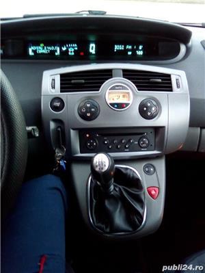 Renault Grand Scenic - imagine 10