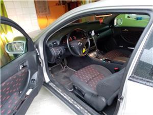 Mercedes-benz 220 - imagine 5