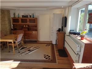 Apartament deosebit la casa in Schei - imagine 3