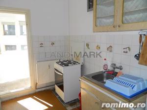 Apartament 2 camere, zona Lipovei - imagine 11