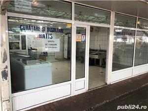 VAND spatiu comercial 55 mp in  PIATA NORD Ploiesti, si utilaje frigorifice:mese inox alimentar etc. - imagine 3