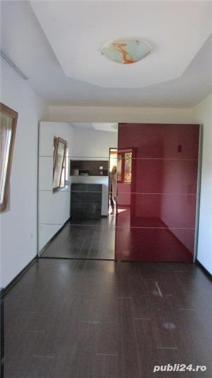 Victoriei zona Marul de Aur,casa in duplex pe parter cu 2,5  ari teren - imagine 4
