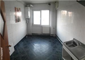 Vanzare apartament  - imagine 3