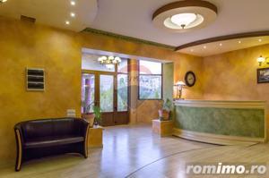 Proprietate de lux, 1100mp, pretabila rezidenta sau spatiu comercial - imagine 14
