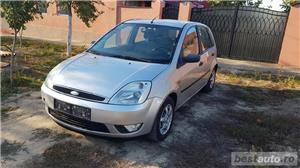 Ford fiesta ghia  - imagine 1