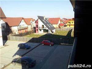Apartament 2 camere in Tractoru - imagine 3