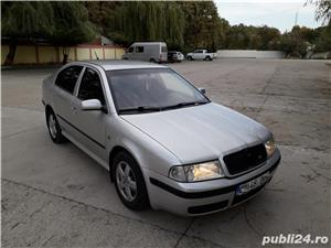 Skoda Octavia - imagine 2