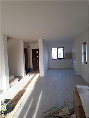 Duplex Dumbravita situat pe colt, finisaje lux, strada asfaltata - imagine 4