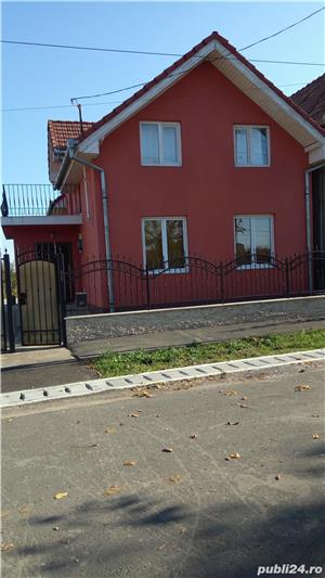 Casa de vanzare in Osorhei cu 30 arii pamant - imagine 2