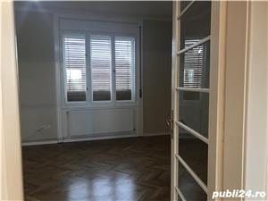 Zona balcescu ! de vanzare apartament 3 camere , pret 148.500 euro negociabil - imagine 1