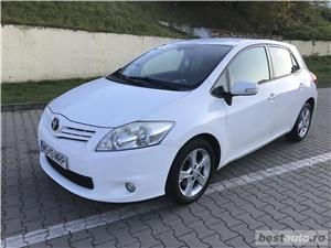 Toyota auris - imagine 3