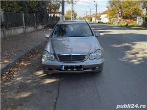VAND SAU SCHIMB Mercedes-benz Clasa  C 200 - imagine 3
