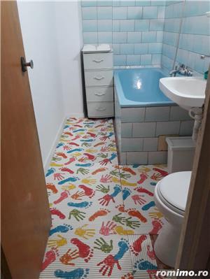 Inchiriez apartament 3 camere +loc de parcare. - imagine 10