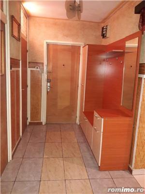 Inchiriez apartament 3 camere +loc de parcare. - imagine 8