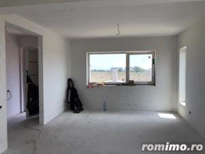 Casă / Vilă cu 4 camere de vânzare în zona Km 5 - imagine 9