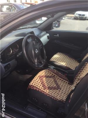 Nissan Almera - imagine 4