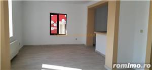 Casa de vanzare in zona semicentrala - imagine 2