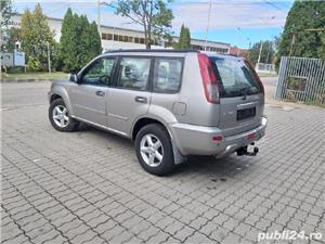 Nissan X-Trail 2,2 tdi 4x4 an 2004 - imagine 3