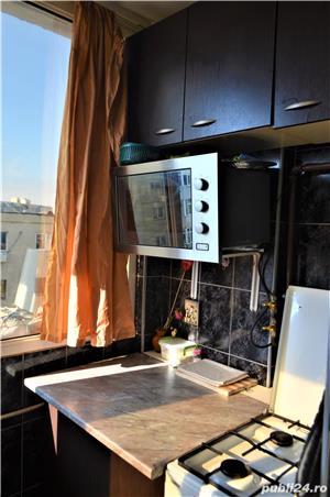 Apartament 2 camere decomandat, zona Far, comision 0% - imagine 2