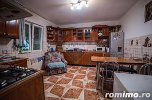 Casă / Vilă cu 5 camere de vânzare în zona Aurel Vlaicu - imagine 7