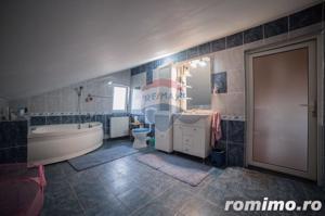 Casă / Vilă cu 5 camere de vânzare în zona Aurel Vlaicu - imagine 12