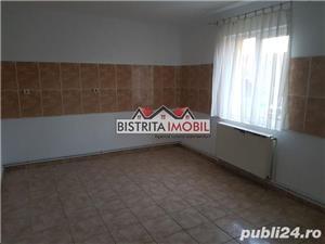 Apartament 2 camere, Calea Moldovei - Diana, foarte spatios, decomandat - imagine 1