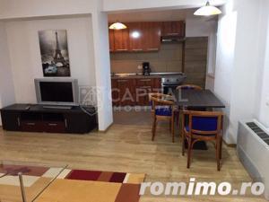 Inchiriere apartament cu 3 camere semidecomandat, Plopilor - imagine 4
