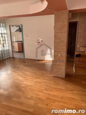 Apartament deosebit tip duplex Valea Lunga - imagine 2