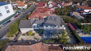 De vânzare casă / vilă cu 8 camere la intrarea în Sânnicolaul Mic - imagine 19