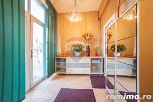 De vânzare casă / vilă cu 8 camere la intrarea în Sânnicolaul Mic - imagine 2
