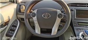Toyota prius 3 hibrid 56000km - imagine 3