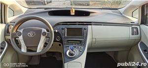 Toyota prius 3 hibrid 56000km - imagine 4