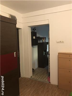 Închiriez apartamenf - imagine 5