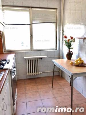 APARTAMENT 3 CAMERE GORJULUI-MILITARI - imagine 1